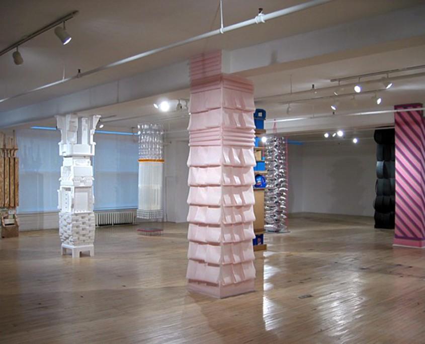 Tétraktys - 8 des 10 colonnes composant l'ensemble, 2004