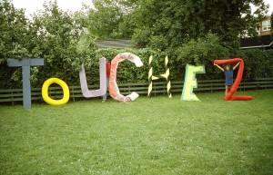 08_touchez